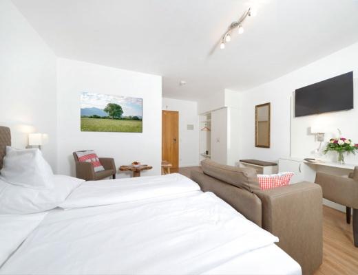 Komfortzimmer hotel chiemseepanorama for Komfortzimmer doppelzimmer unterschied