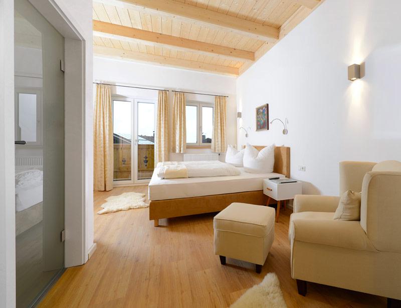 regenwalddusche obi raum und m beldesign inspiration. Black Bedroom Furniture Sets. Home Design Ideas